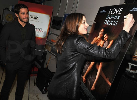 Pictures of Jake Gyllenhaal at a Love and Other Drugs Conference in NYC
