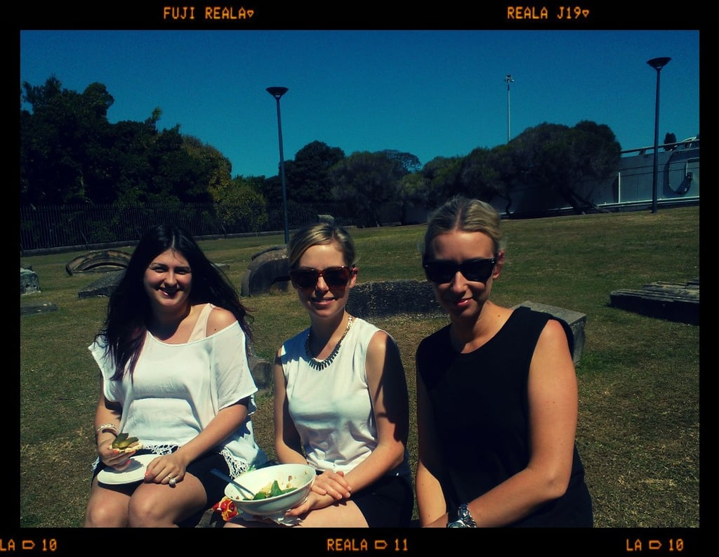 Lunchtime! Making the most of the warm weather and sunny skies, us Sugar ladies are taking lunch in the park. Happy weekend, everyone!