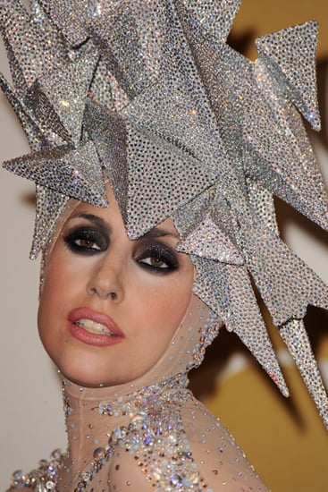 Lady Gaga Collapses in New Zealand Because of Jet Lag