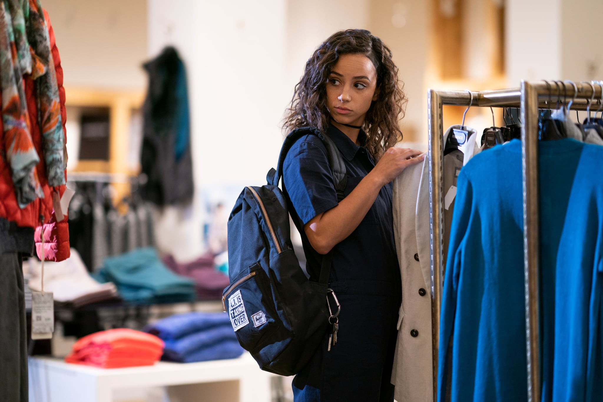 TRINKETS, Kiana Madeira in 'Mirrors', (Season 1, Episode 101, aired June 14, 2019), ph: Allyson Riggs / Netflix / Courtesy Everett Collection