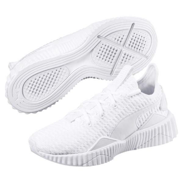 Defy Women's Sneakeres