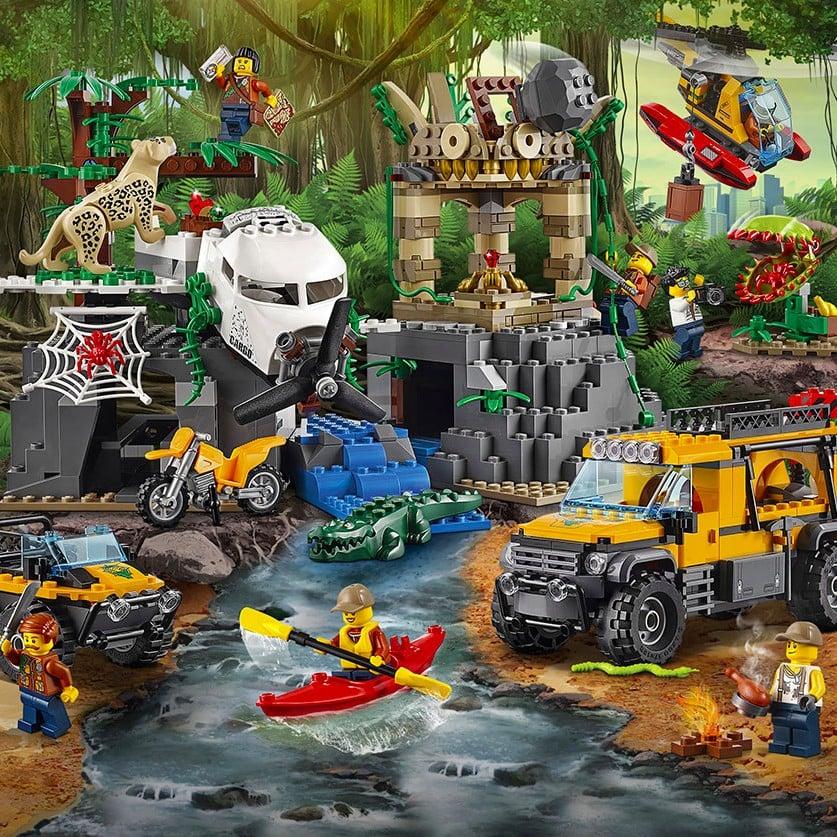 LEGO POPSUGAR Tech