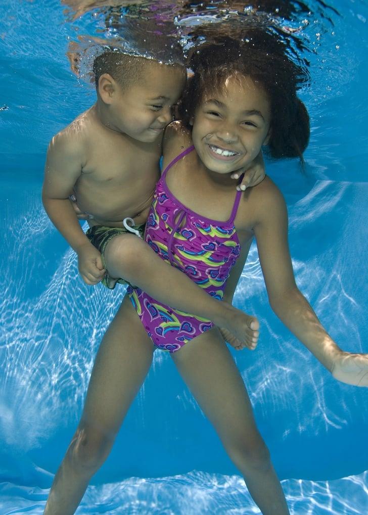 Underwater Child Photography 2010-04-16 19:55:19