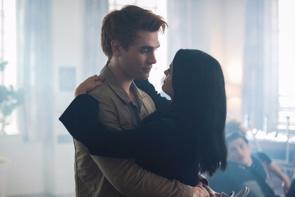 19 Riverdale Fans Who Lost Their Sh*t Over Archie and Veronica's Shower Sex Scene
