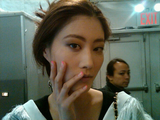 2011 Fall 2011 New York Fashion Week Twitter Pictures Of Beauty Looks Backstage