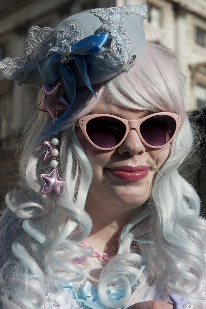 This lady was a modern-day Marie Antoinette with her fascinator and pastel hair.