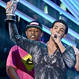 Drake picked up a moon man at the VMAs.