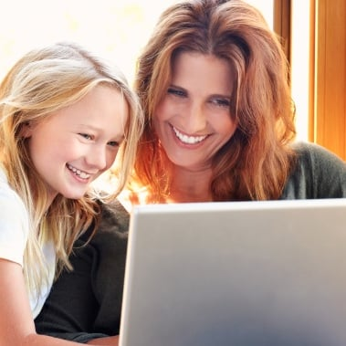 Top 25 Mom Bloggers of 2013