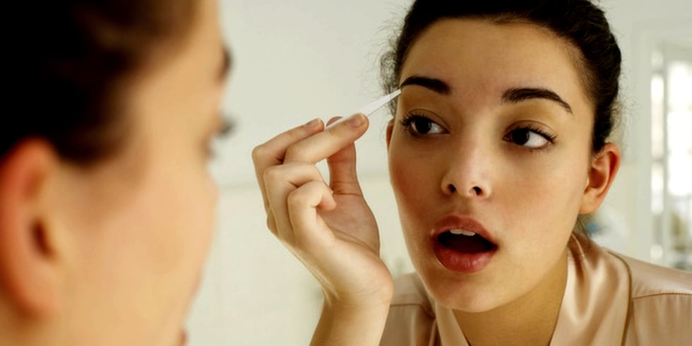 Tricks to Make Eyes Look Younger