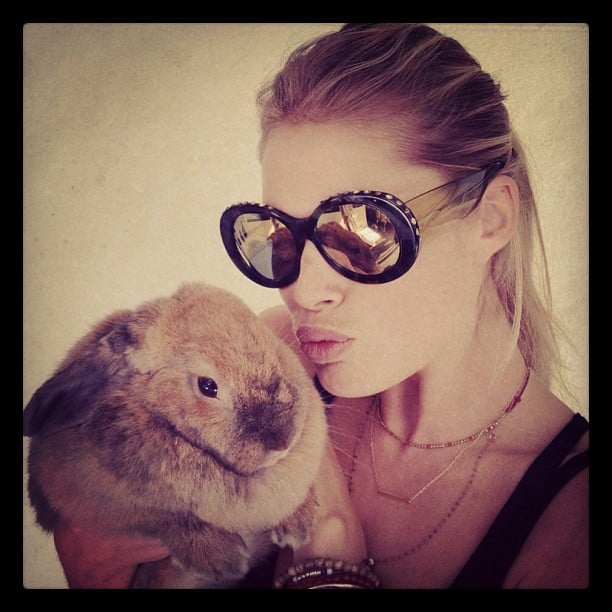 Doutzen Kroes cuddled with a bunny. Source: Twitter user Doutzen