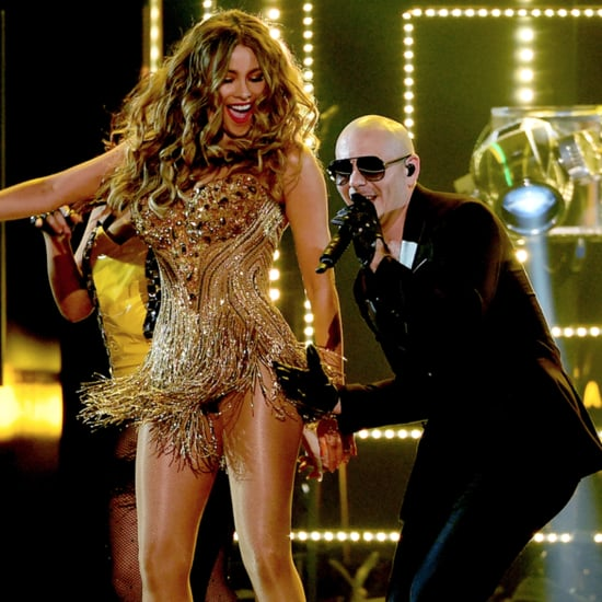 Pitbull and Sofia Vergara at the Grammys 2016 | Video