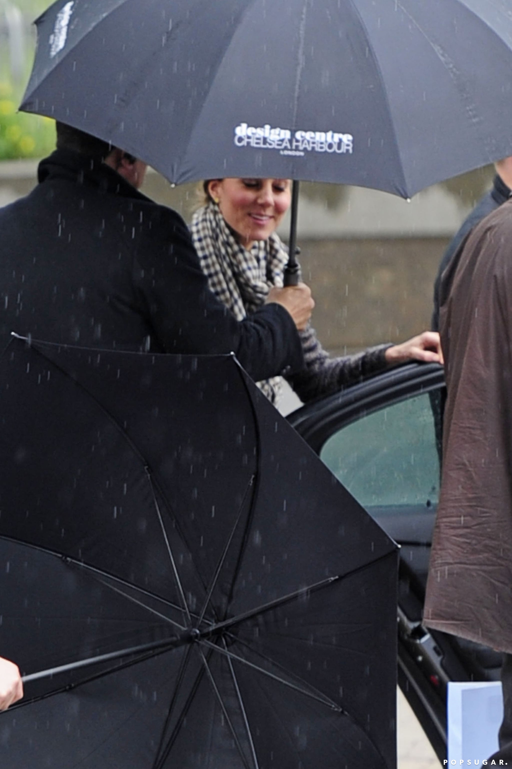 Kate Middleton got into an awaiting car after a shopping trip in London.