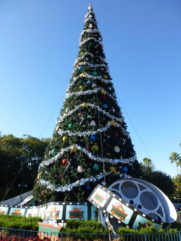 every holiday season walt disney world resort decorates the parks with 1500 christmas trees