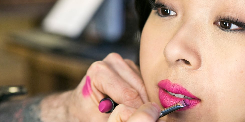 How to Apply a Bold Lipstick