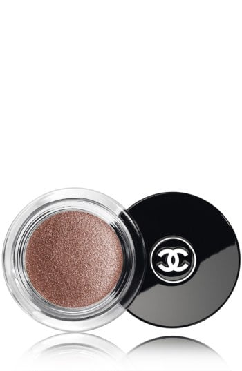 Chanel Illusion D'Ombre Long Wear Luminous Eye Shadow in Griffith Green