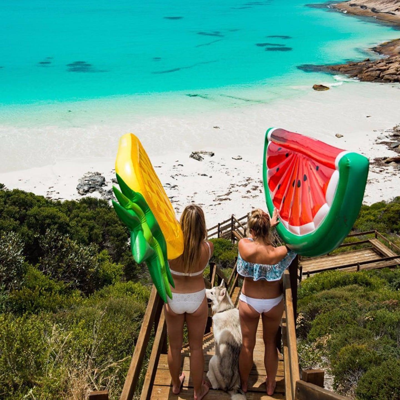 australian christmas traditions popsugar australia smart living