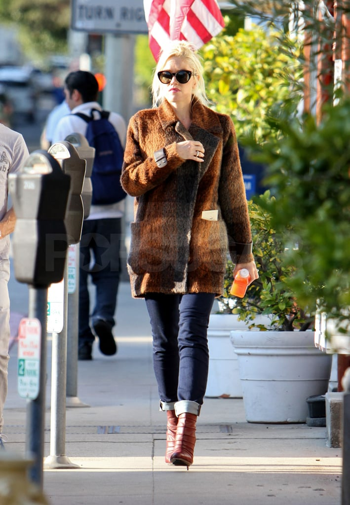 Gwen Stefani wore a plaid jacket in LA.