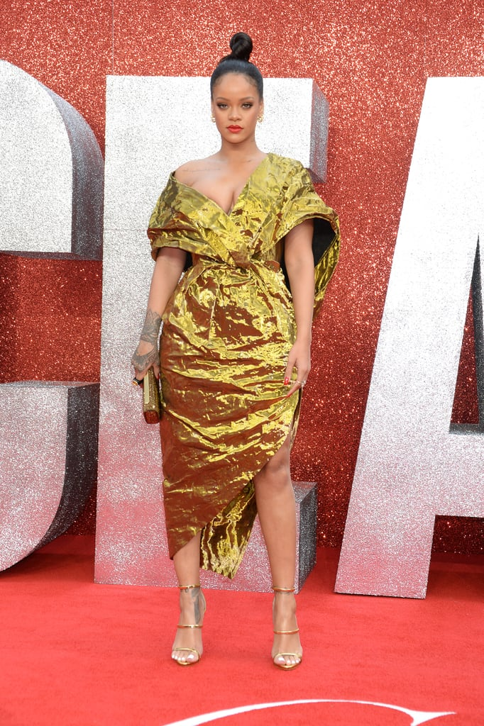Rihanna S Gold Dress At Ocean S 8 Premiere In London