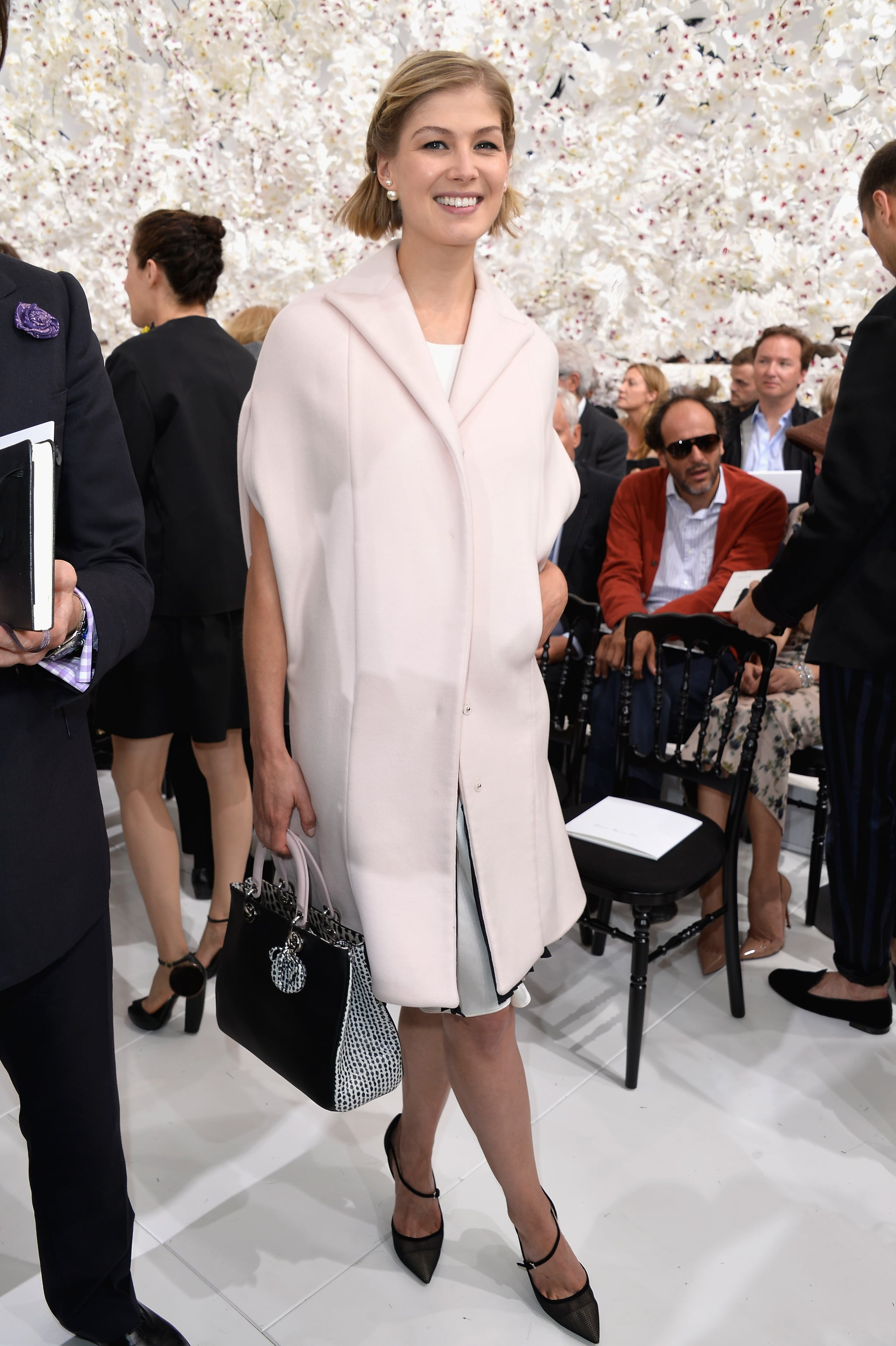 rosamund pike whos winning the front row at couture