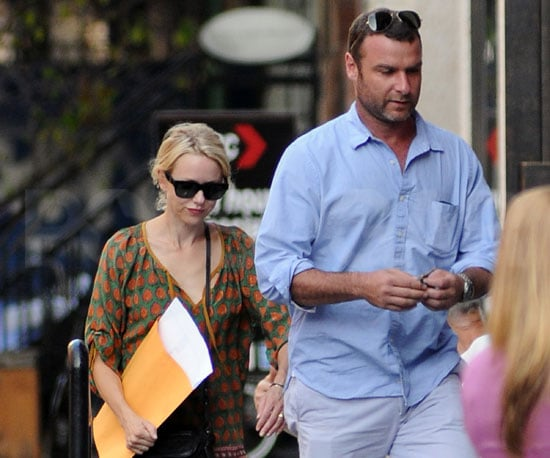 Slide Picture of Naomi Watts and Liev Schreiber Running Errands in NYC
