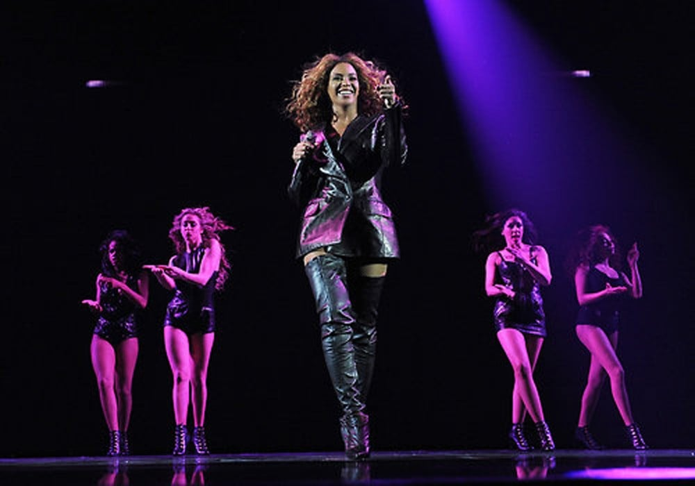 The singer coordinated with her leather-clad backup singers.