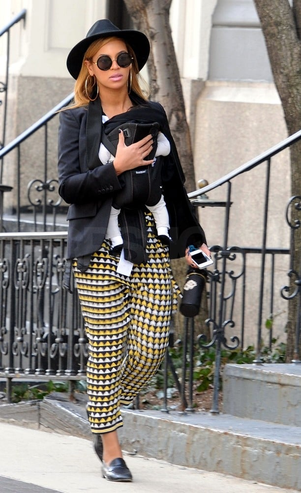 Beyoncé Knowles had Blue Ivy Carter all snuggled up.