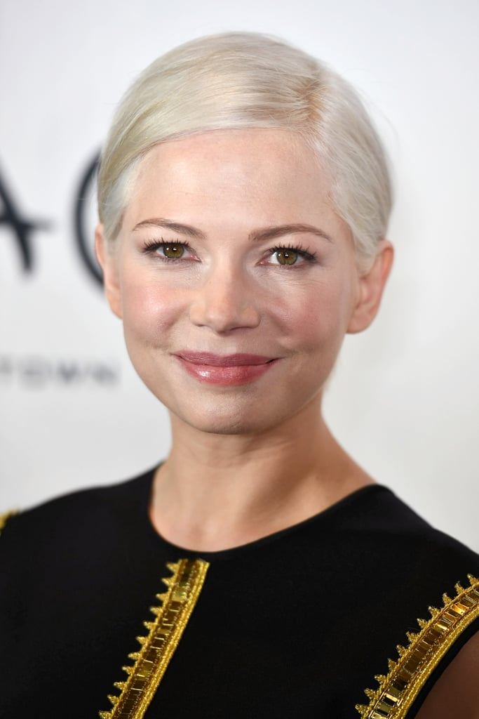 If you're a blonde with fair skin like Michelle Williams
