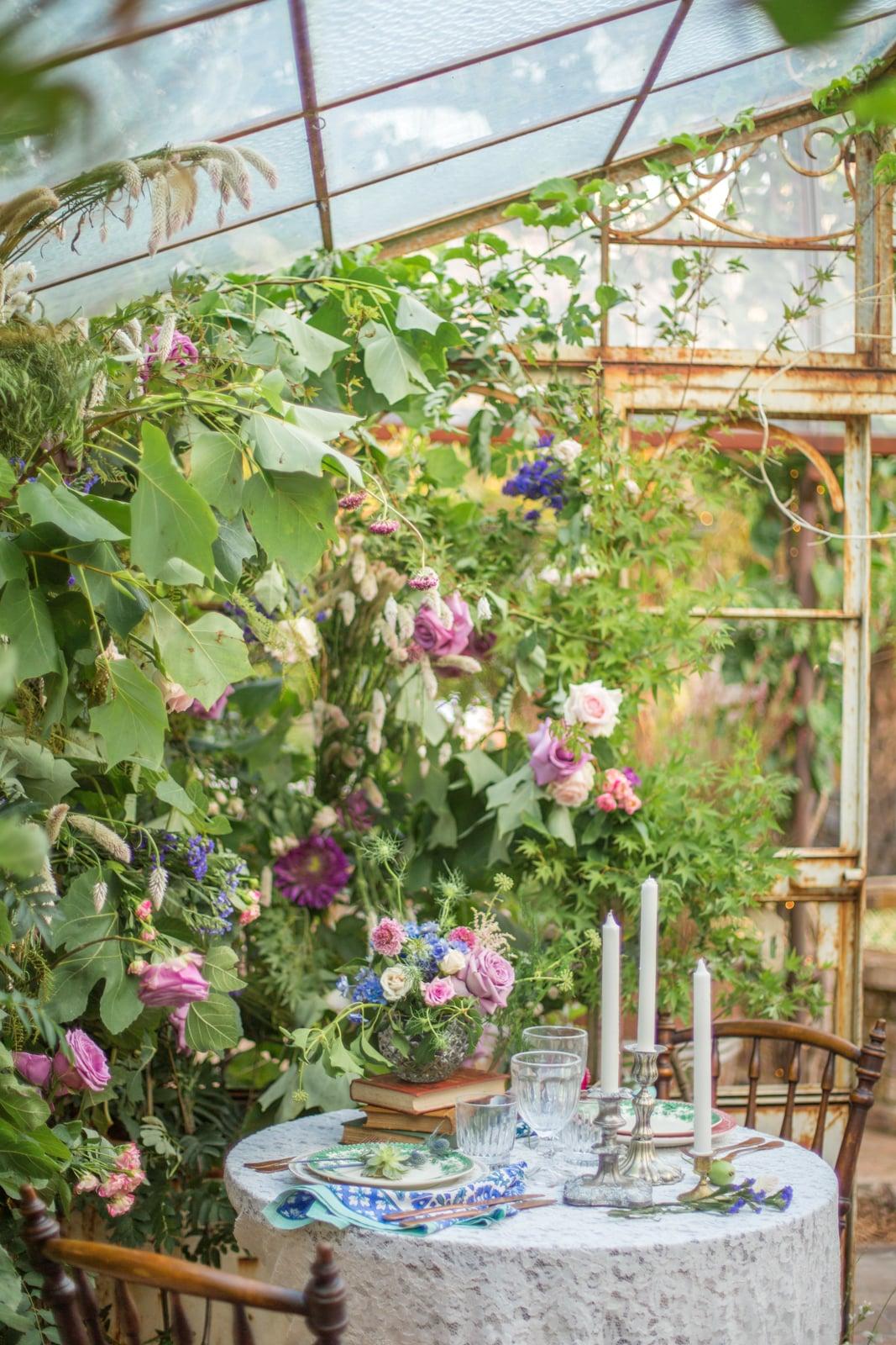 How To Make Cut Flowers In A Vase Lase Popsugar Australia Smart Living