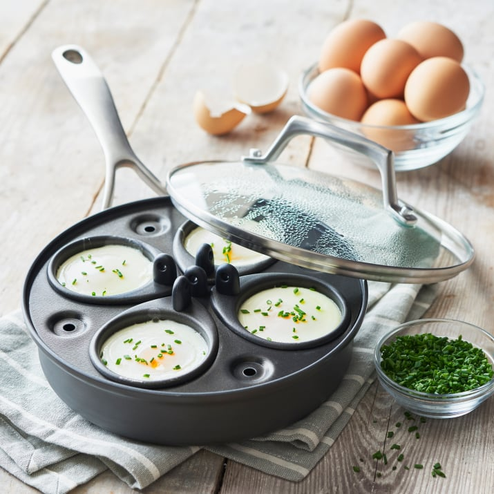 Sur la table egg poacher breakfast in bed ideas for for Sur la table food scale