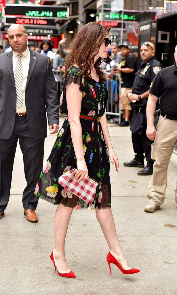 Good Morning America How Are Ya : Anne hathaway s dress on good morning america