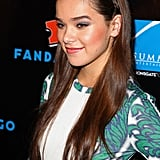 Hailee Steinfeld stepped out at Comic-Con with a tiny braid that started behind her ear and wore it as a headband — functional and cute!