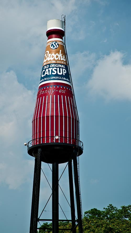 World's Largest Ketchup Bottle (Collinsville, IL)