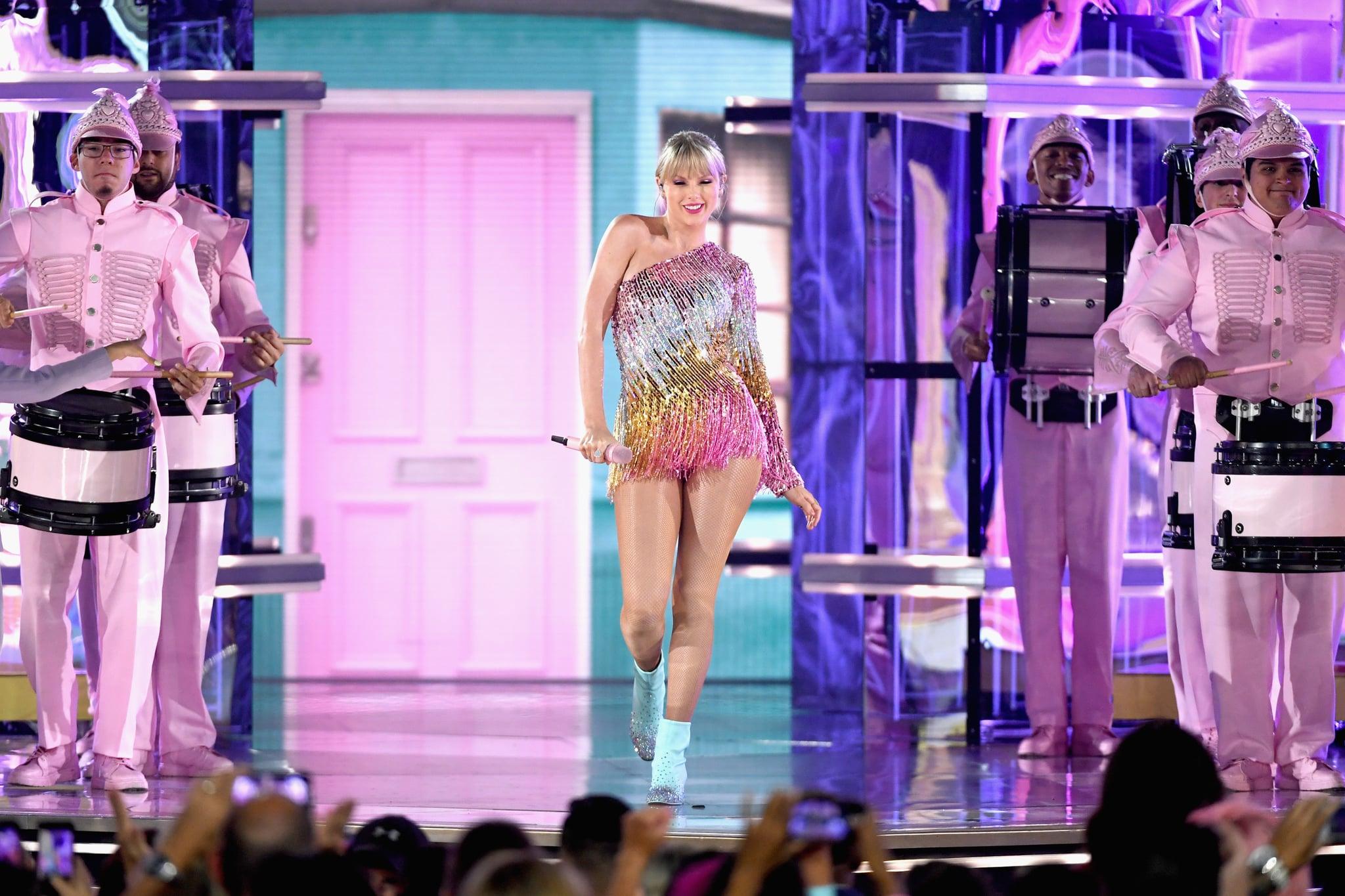 LAS VEGAS, NV - 01 MAI: Taylor Swift effectue sur scène lors des Billboard Music Awards 2019 au MGM Grand Garden Arena le 1 mai 2019 à Las Vegas, Nevada. (Photo par Ethan Miller / Getty Images)