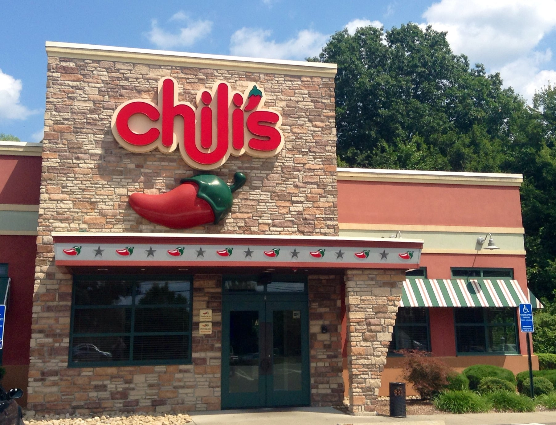 Yes, You Can Have Chili's (and Even Some Barbecue) on the Keto Diet — Here's How