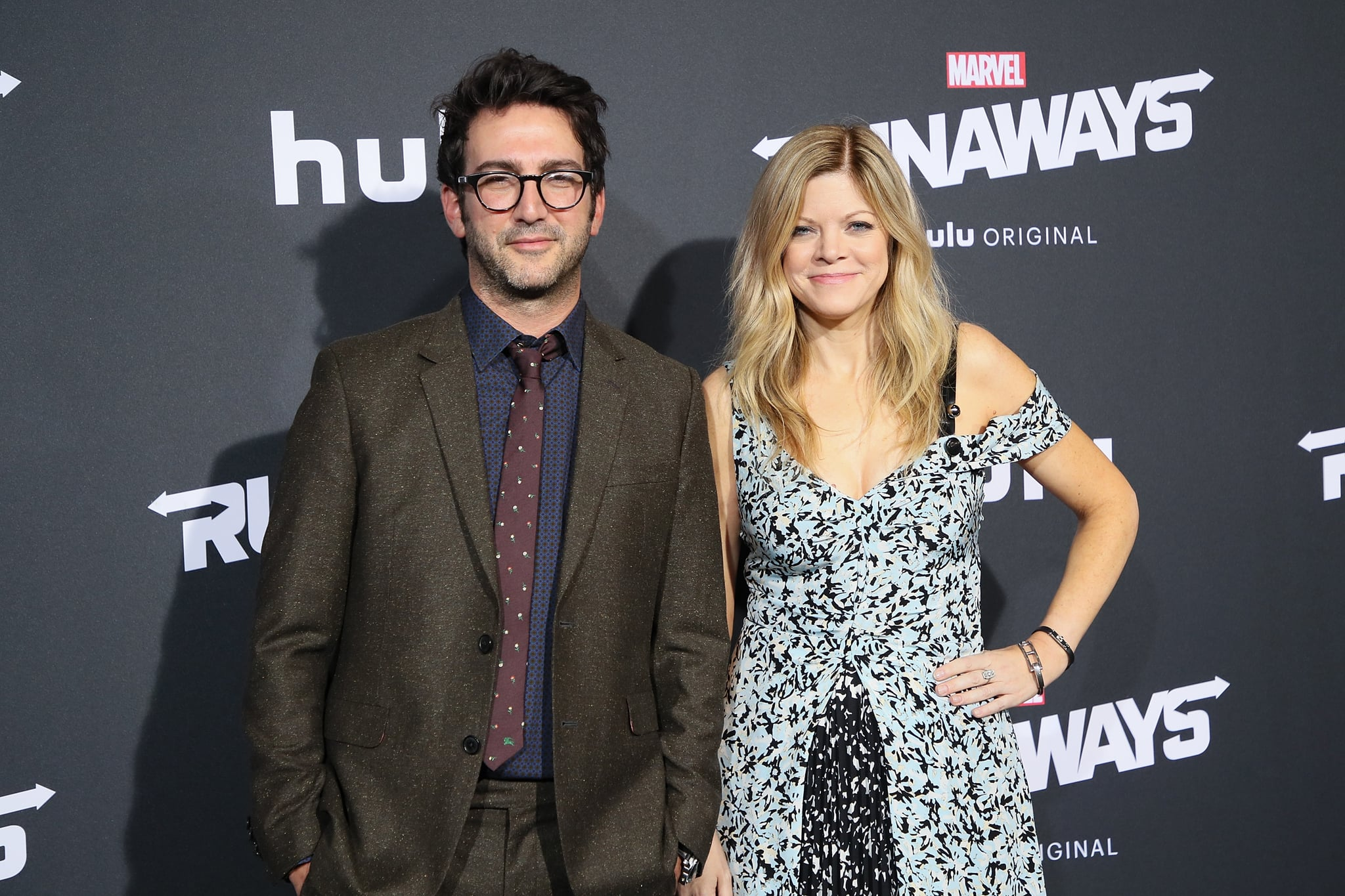 LOS ANGELES, CA - NOVEMBER 16:  Executive producers Josh Schwartz and Stephanie Savage arrive at the premiere of Hulu's