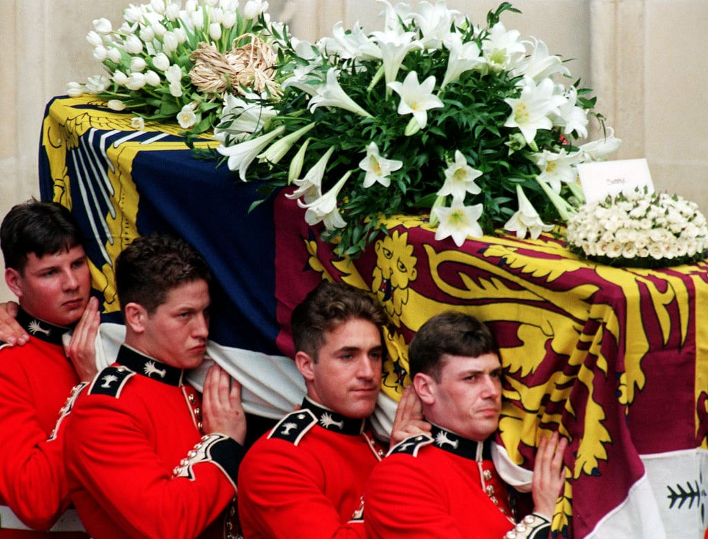 Dianas Coffin Was Carried By A Bearer Party Of Welsh Guards While