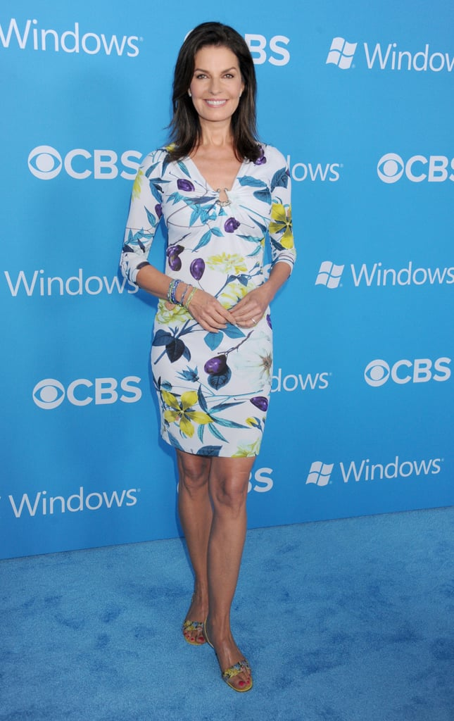 Newlywed Cobie Smulders Shows Her Ring at a CBS Bash With NPH