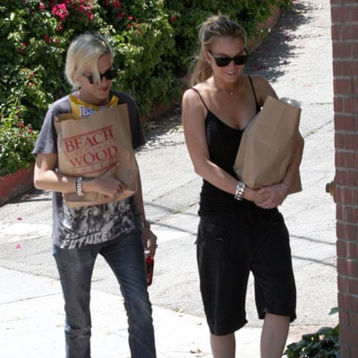 Lindsay Lohan and Samantha Ronson Buy Groceries