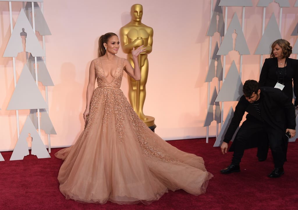 Jennifer Lopez in Elie Saab at the 2015 Oscars