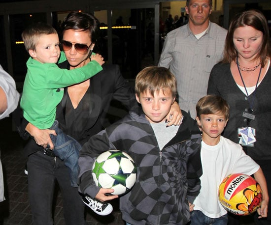 Photo of Victoria, Brooklyn, Cruz and Brooklyn Beckham at LAX