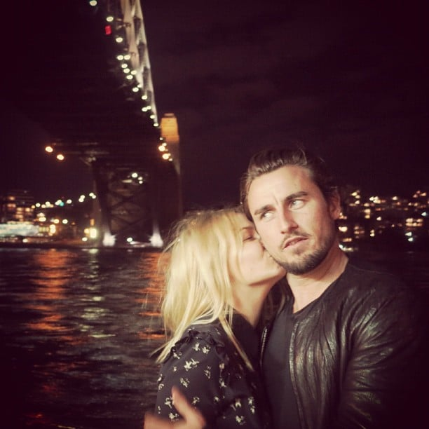 Lara Bingle gave her main squeeze, Gareth Moody, a kiss under the Sydney Harbour Bridge. Source: Instagram user mslbingle