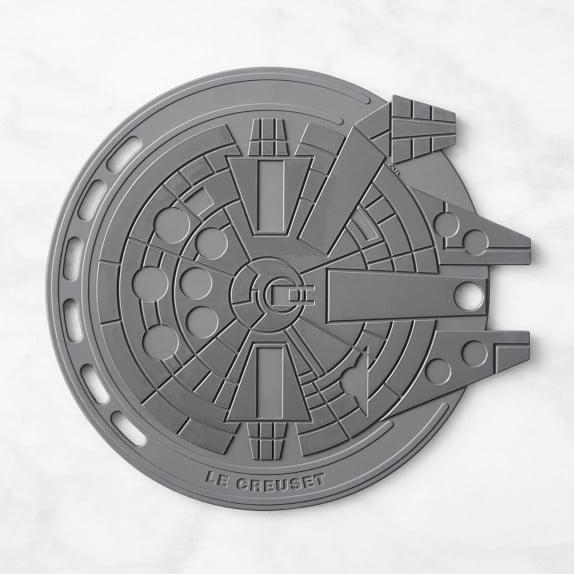 Le Creuset Silicone Trivet —Star Wars Millennium Falcon
