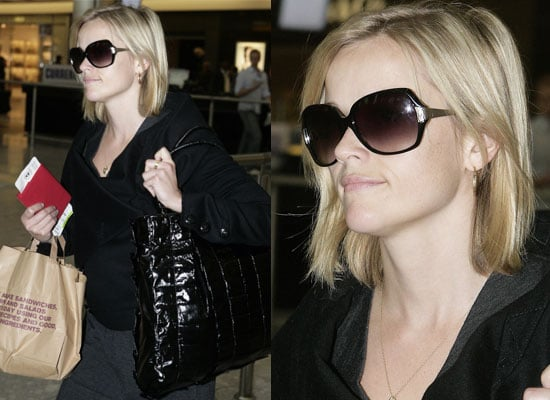14/10/08 Reese Witherspoon at Heathrow