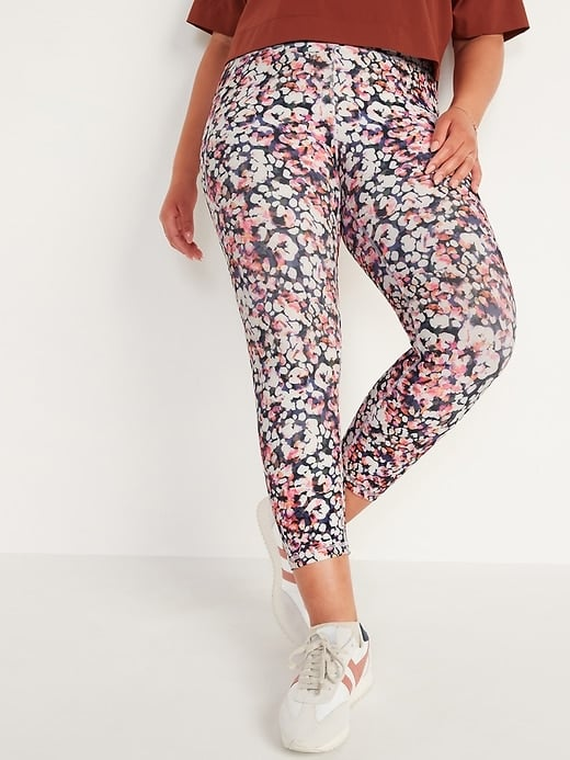 Old Navy High-Waisted PowerSoft Side-Pocket Crop Leggings