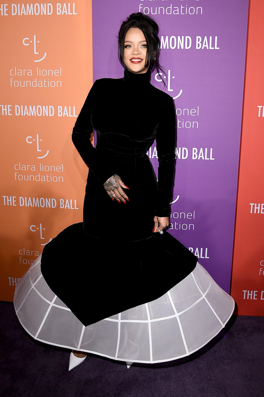 Rihanna S Givenchy Gown At The Diamond Ball 2019 Popsugar Fashion Australia