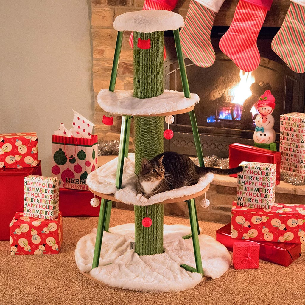 Alternatives Christmas Trees to Defeat a Cat