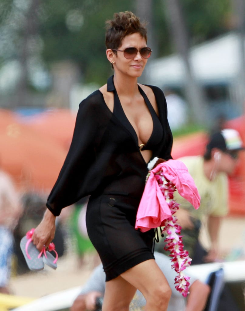 She rocked a bikini on the beach in Hawaii while vacationing in March 2013.