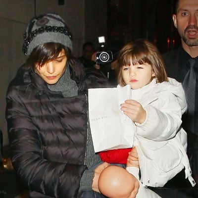 Suri Cruise and Katie Holmes Go to Rockefeller Center