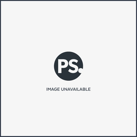 Photo of Gavin Rossdale and Gwen Stefani Wearing Oversize Shawl in London