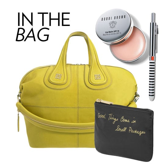 5 Things You Should Always Have in Your Purse